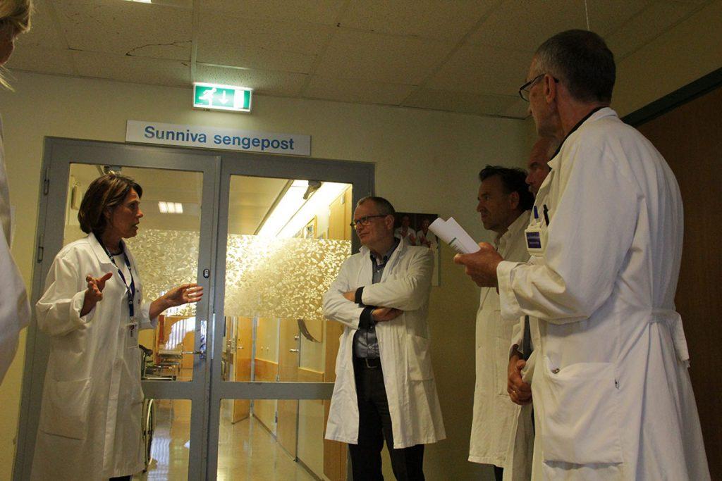 "In Palliativstation im Haraldsplass Diakonale Sykehus. ""Sunniva Sengepost"" heißt soviel wie ""Station Sonnenaufgang"""