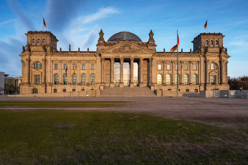 Das menschenleere Reichtagsgebäude